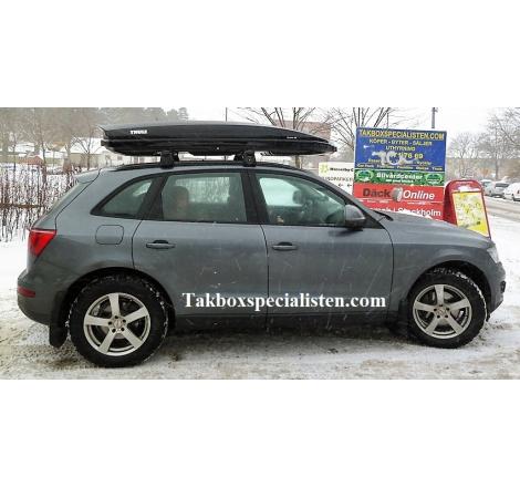 Takbox Thule Dynamic L900 Svart högblank på Audi Q5