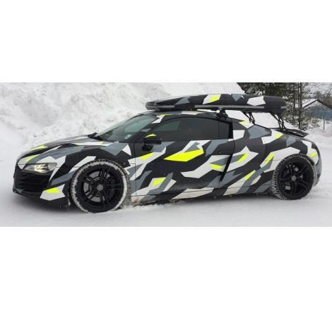 Takbox Packline Offroad Svart högblank på Audi A6 Avant