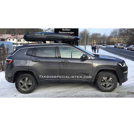 Takbox Hapro Zenith 8.6 på Jeep Compass